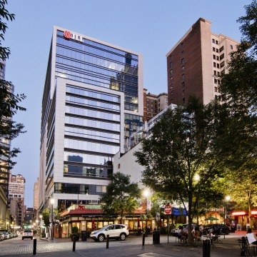 Hilton Garden Inn/Tower Two Sixty